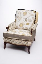 estrin-amy-happy-chair