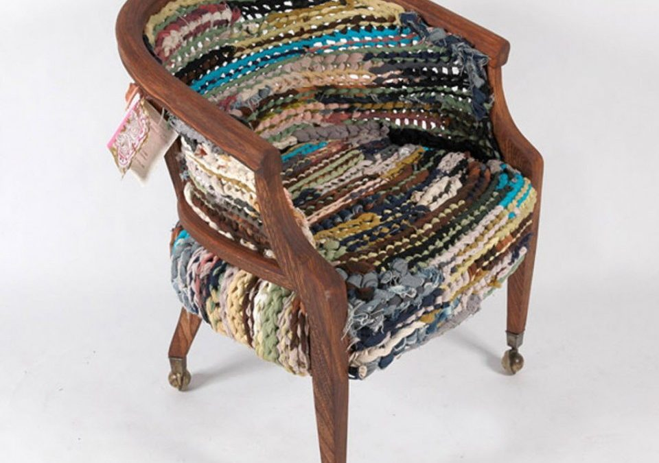 OREGONIAN: NEW LOOKS FOR CAST OFF CHAIRS, CRIBS, TABLES